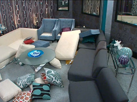 Big Brother 12 20100903 03