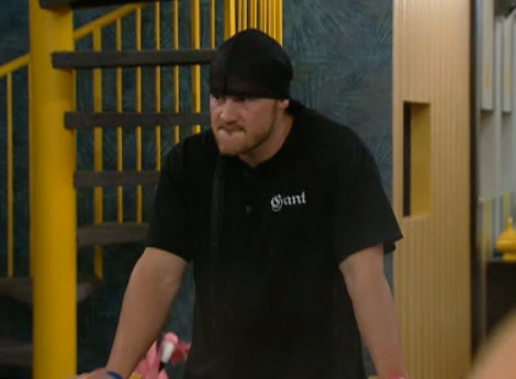Big Brother 12 20100905 03