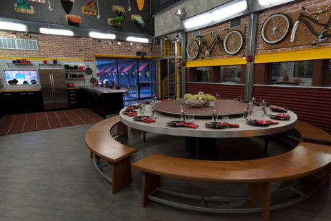 Big Brother 13 house – dining table