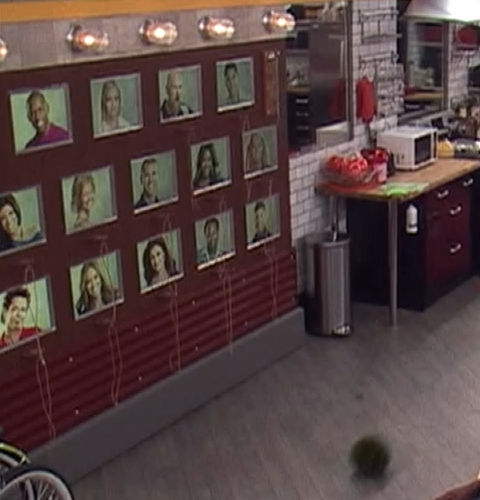 Big Brother 13 Memory Wall 07-08-2011