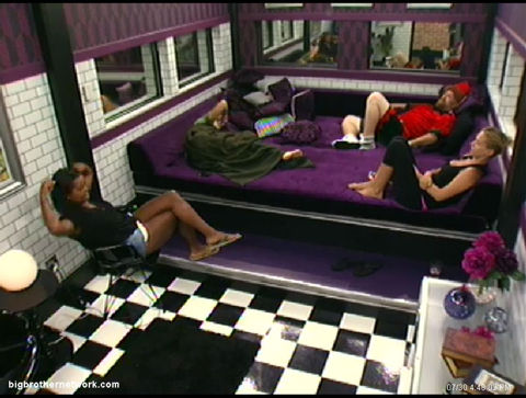 Big Brother 13 Lounge