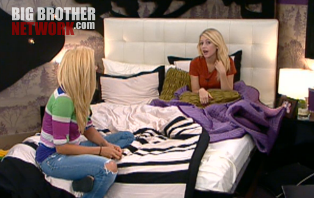 BB14-Live-Feeds-7-29-Britney-Janelle