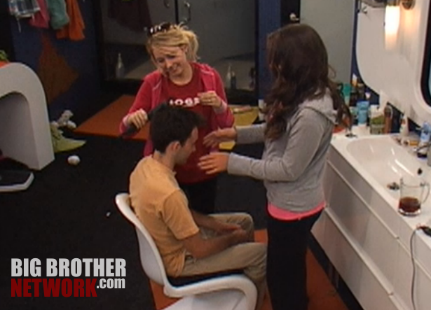 BB14-Live-Feeds-Ian-flatiron