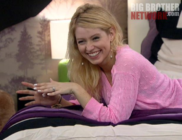 Big Brother 14 20120721 – Britney buzzed