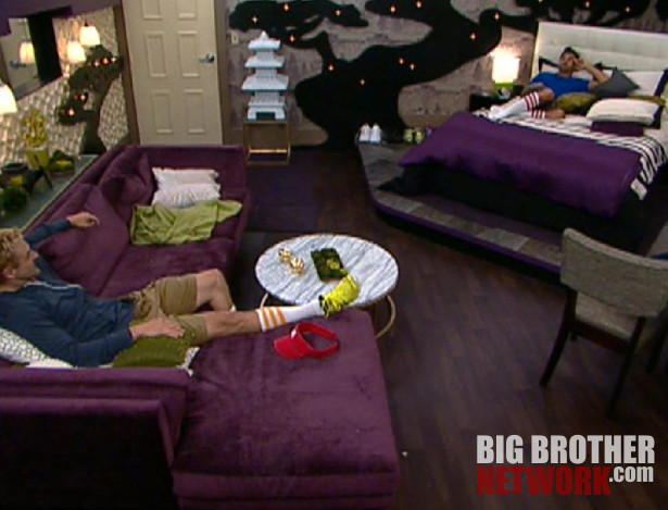 Big Brother 14 – Shane and Boogie in HoH room