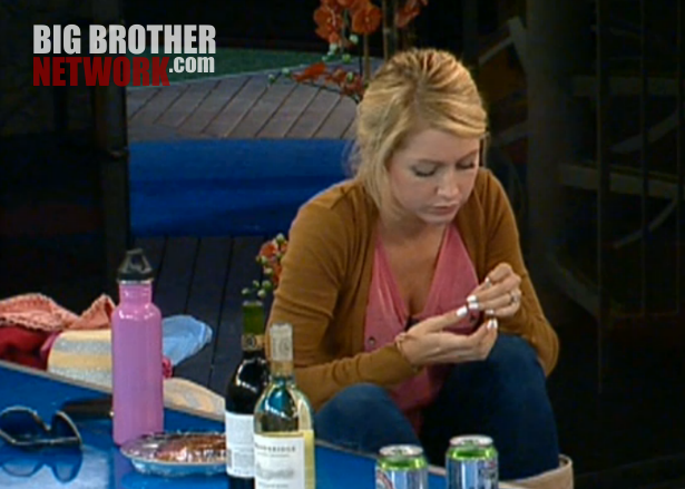 bb14-live-feeds-alcohol-7-24