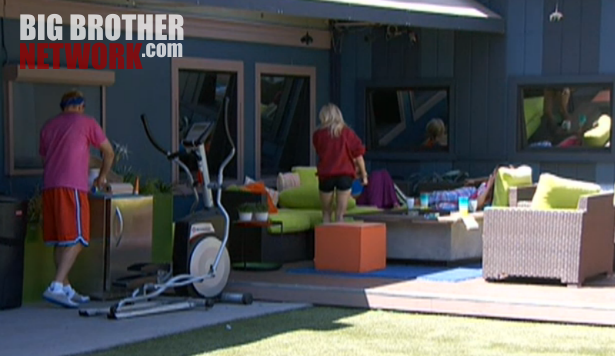 bb14-live-feeds-backyard-7-24