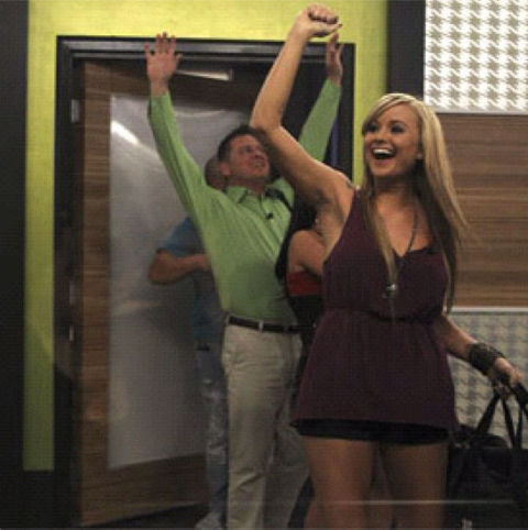 Big Brother 14 HGs move in