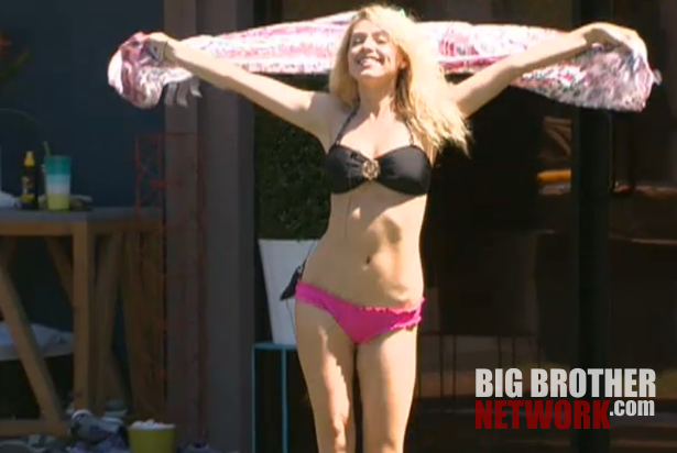 BB14-Live-Feeds-08-12-Britney-pageant