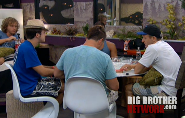 BB14-Live-Feeds-08-15-poker