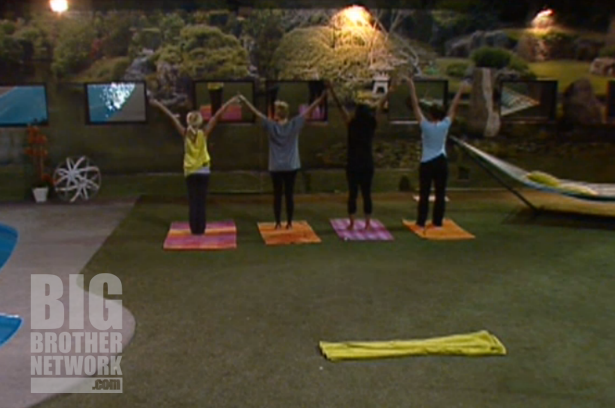 BB14-Live-Feeds-08-21-girls-yoga
