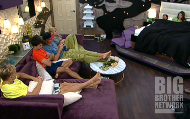BB14-Live-Feeds-08-22-Boogie-HoH-talk