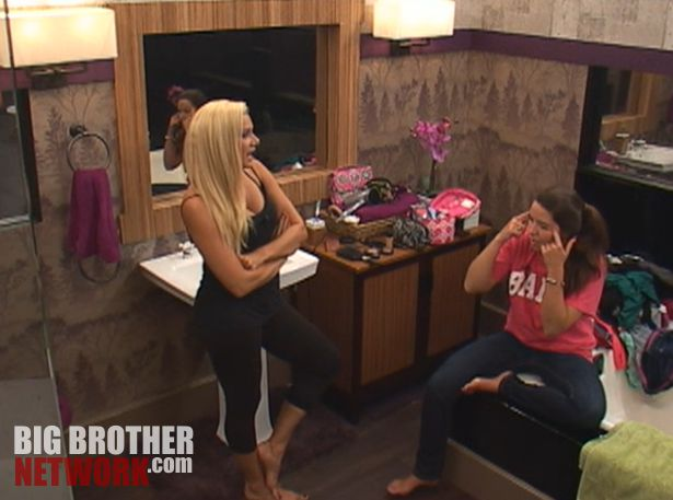 Janelle and Danielle – Big Brother 14