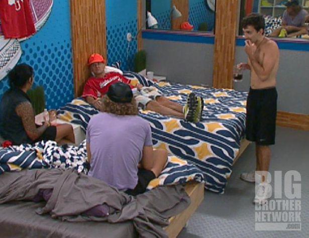 Jenn, Frank, Ian, and Boogie on Big Brother 14