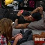 Wil talking to Jenn - Big Brother 14