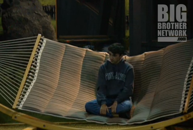 BB-14-Live-Feeds-09-16-Ian-hammock