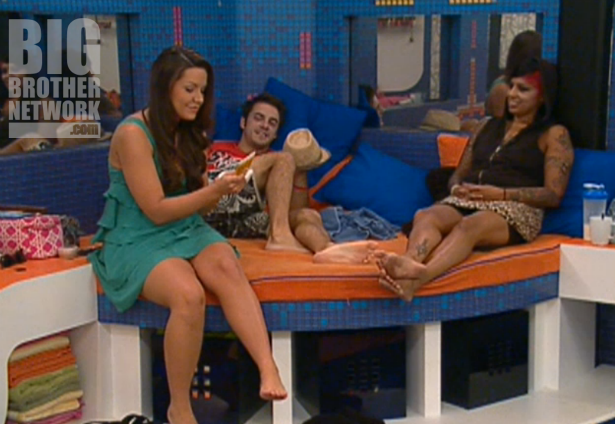 BB14-Live-Feeds-09-09-Danielle-Dan-Jenn
