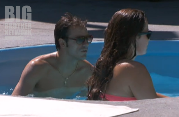 BB14-Live-Feeds-09-17-Dan-Danielle-pool
