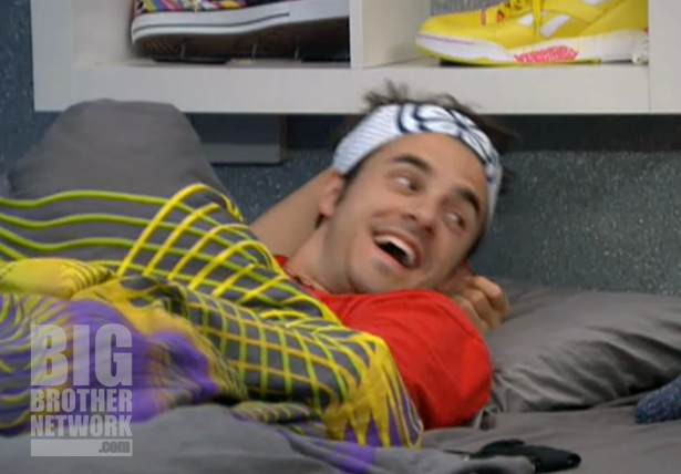BB14-Live-Feeds-09-17-dan-laughing