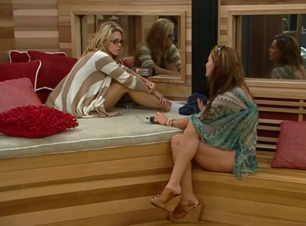 BB15-live-feeds628-aaryn-elissa