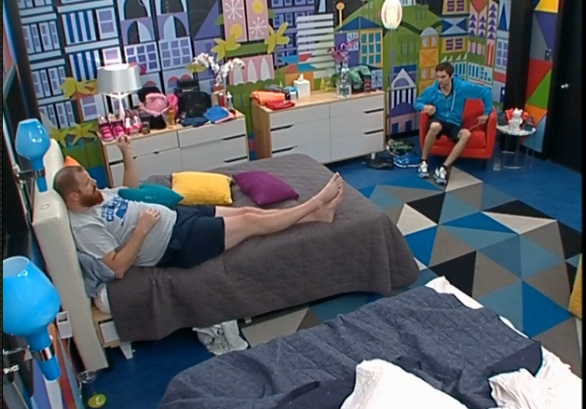 BB15-Live-Feeds-0710-10