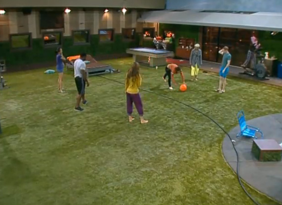BB15-Live-Feeds-0715-night-4