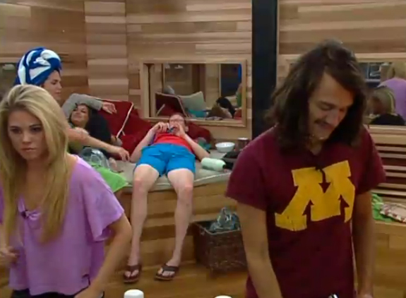 BB15-Live-Feeds-0725-Day-4
