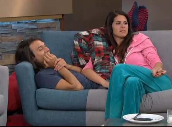 BB15-Live-Feeds-0726-4