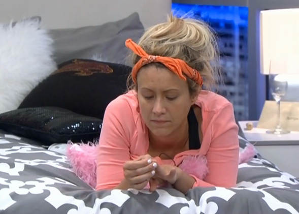 BB15-Live-Feeds-0728-4