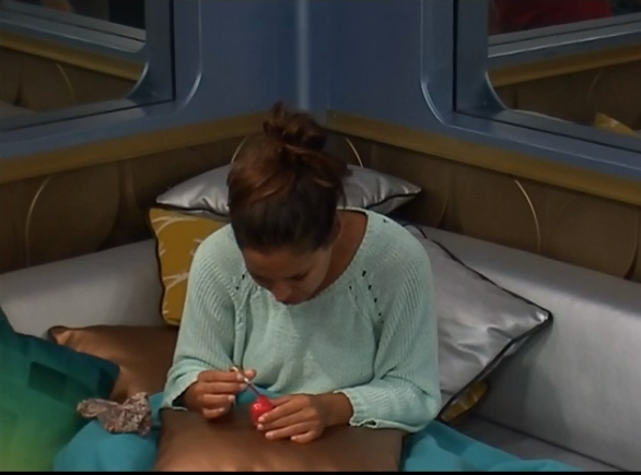 BB15-Live-Feeds-0730-night-2