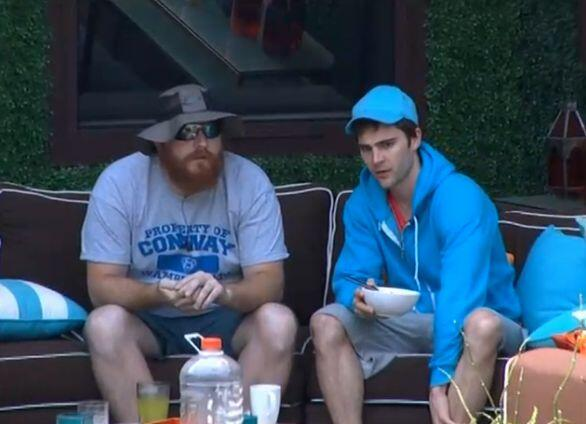 BB15-Live-Feeds-0705-5