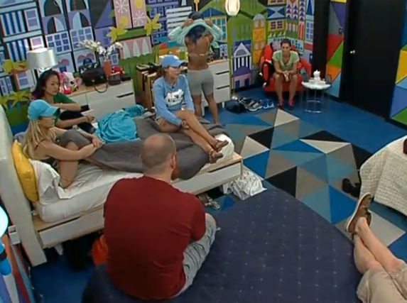 Big Brother 15 house meeting – Group