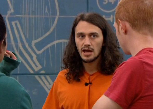 BB-15-Live-Feeds-0822-6