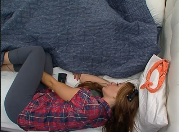 BB15-Live-Feeds-0731-5
