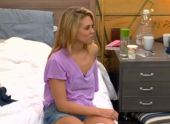 BB15-Live-Feeds-0804-3