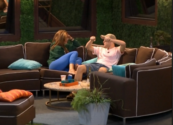BB15-Live-Feeds-0804-4