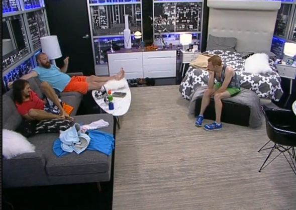 BB15-Live-Feeds-0811-4