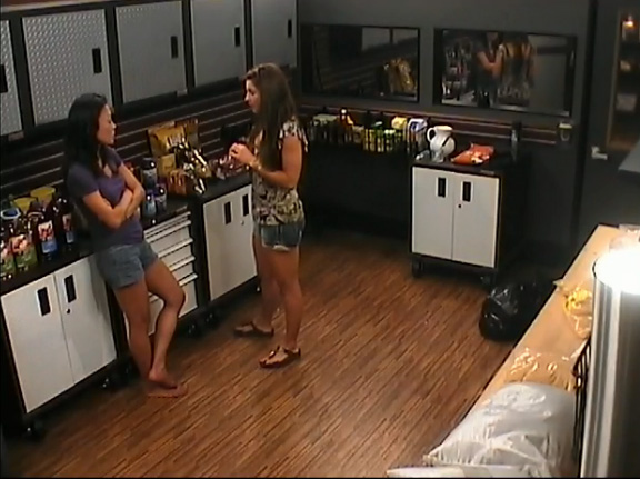 BB15-Live-Feeds-0815-6