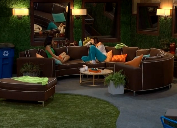 BB15-Live-Feeds-0818-4