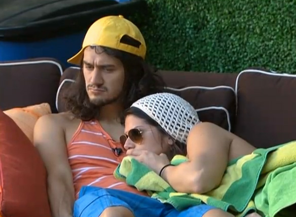 BB15-Live-Feeds-0818-6
