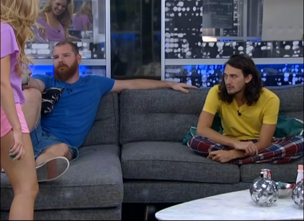 BB15-Live-Feeds-0820-night-1