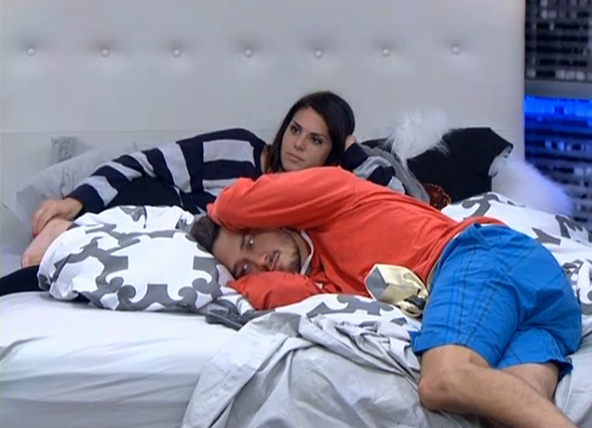 BB15-Live-Feeds-0821-Night-6