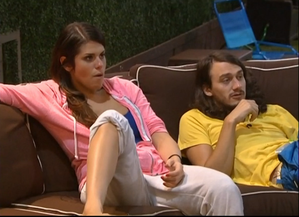 BB15-Live-Feeds-0826-night-3