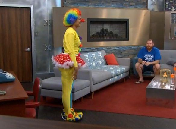 Candice Clown-tard 05
