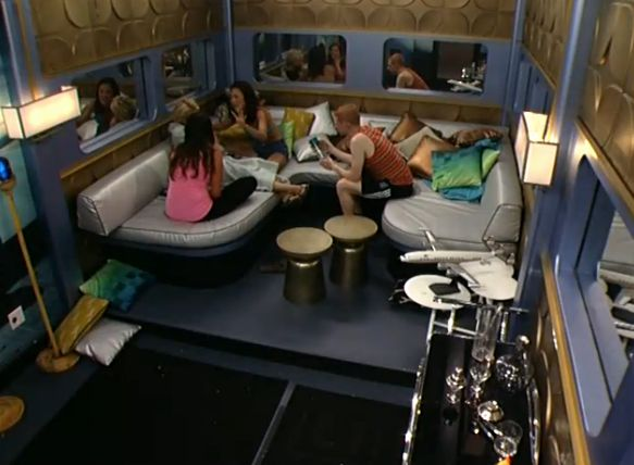 HGs talking to GinaMarie