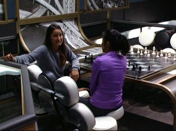 Jessie and Helen Round 2 – 02