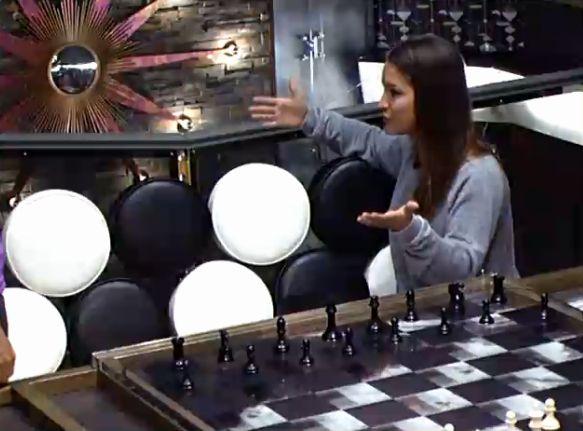 Jessie and Helen Round 2 – 06