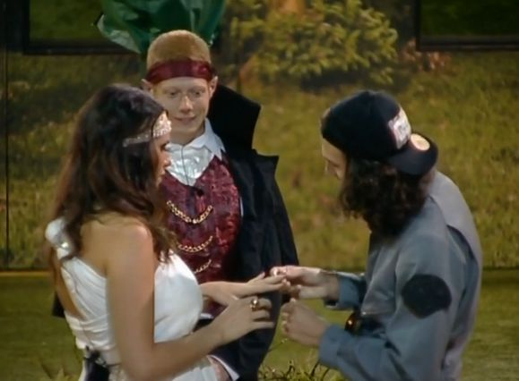 amanda and mccrae dating before bb