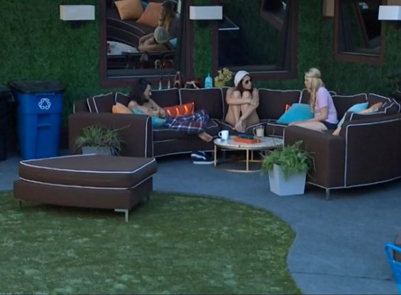 Big Brother Backyard Interview Amanda : Big Brother 15 Another Flip Goes Flop In Week 8  Big Brother 19