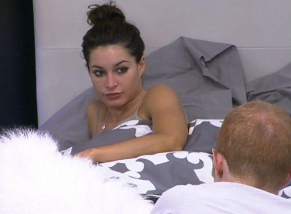 Elissa ignores Andy's pleas